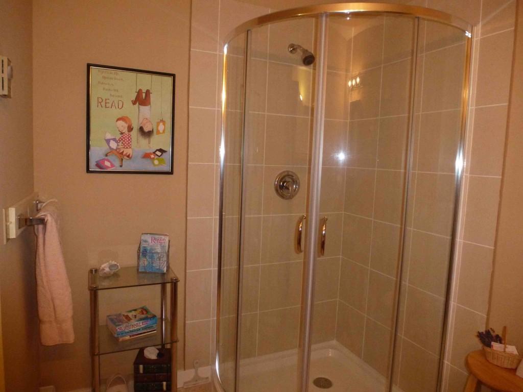 Poetry Room Bathroom