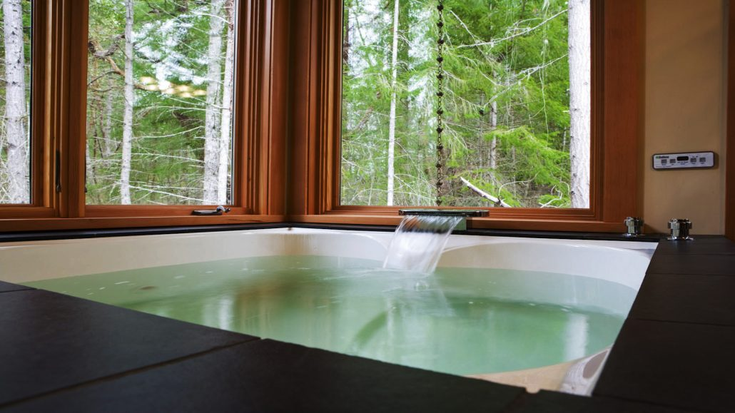Japanese Soaker Tub