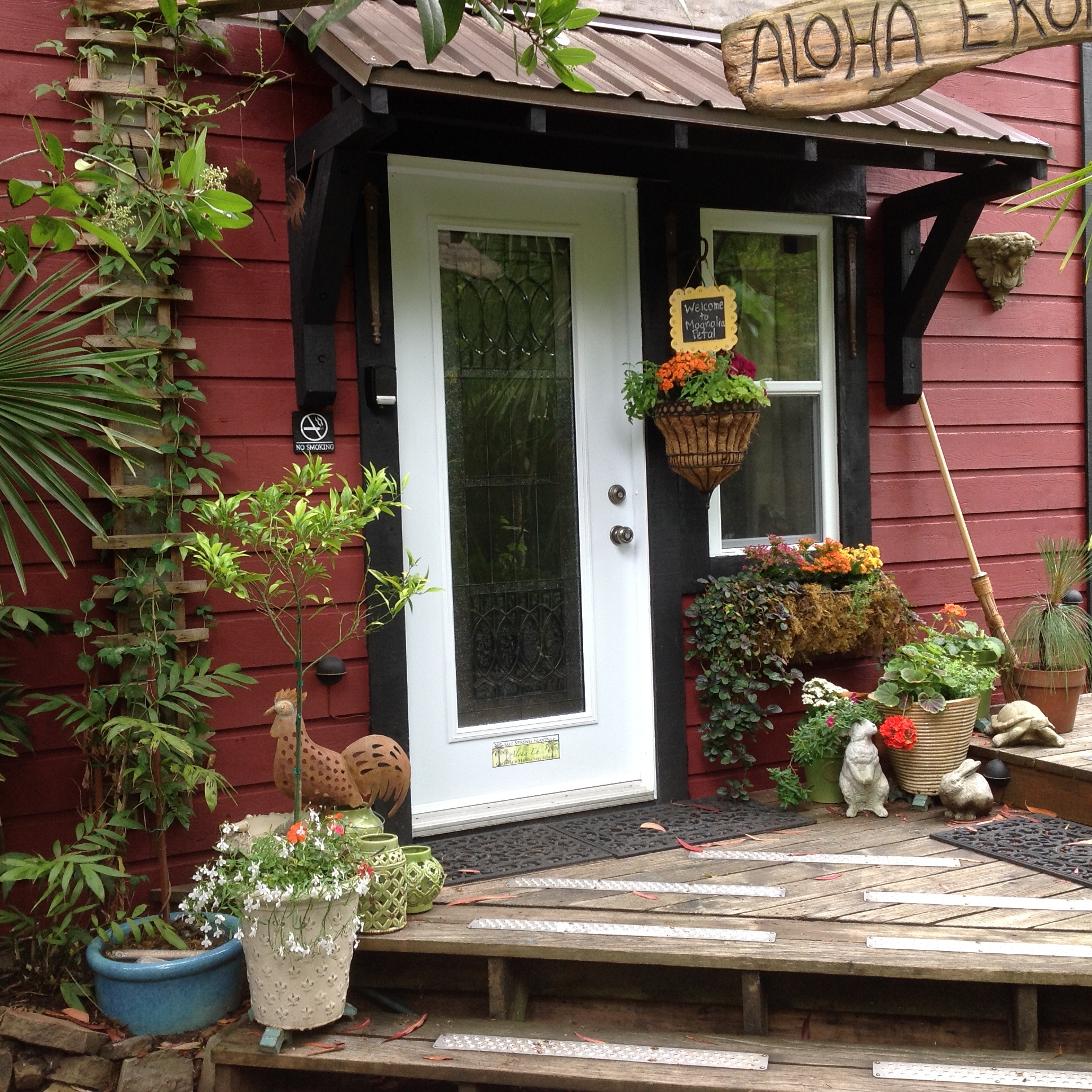 ^ Find Salt Spring Island Vacation ccommodation - Salt Spring ...